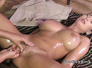 lesbian  ,  massage   chinese porn