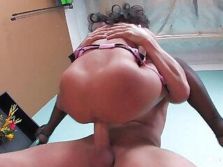 Asa Akira Gets pussy Pounded!