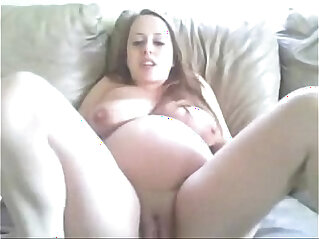 कपड़े उतारते रिझाना: Pregnant Girl strips and Masturbates more free videos
