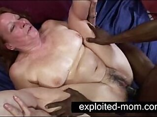housewife  ,  interracial  ,  mature  ,  mom  ,  old   chinese porn