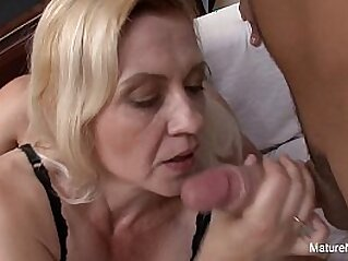 cumshot  ,  facial  ,  granny  ,  hardcore  ,  mature   chinese porn