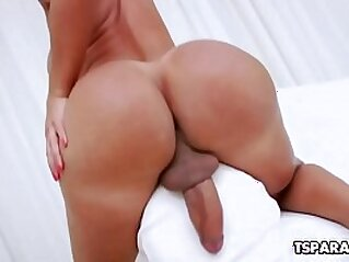 giant titties  ,  huge asses  ,  lesbian  ,  masturbation  ,  solo   chinese porn